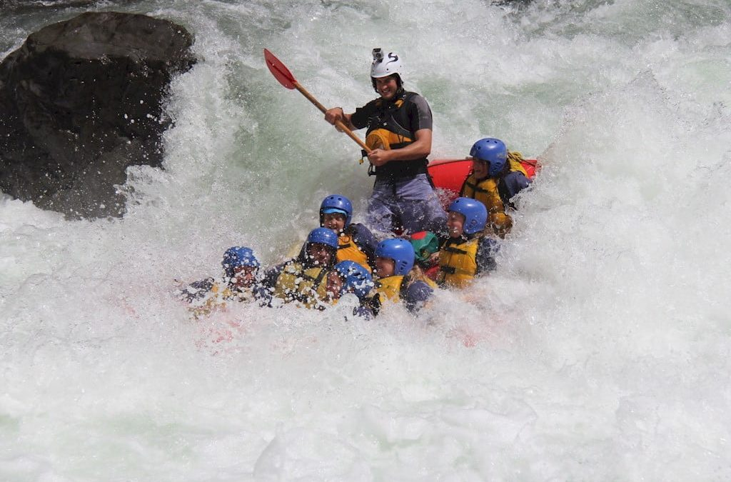 What difference does water flow make to a rafting experience
