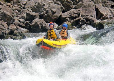 grade 5 inflatable kayaking / duckies